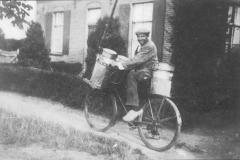 Datering 1945. Het vervoer van melk