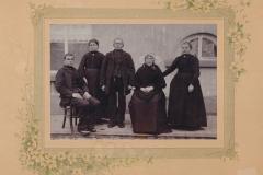 Datering 1900. Familie Jan van Sleeuwen.