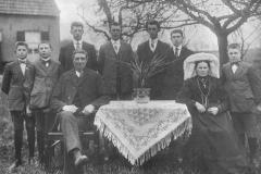 Datering 1920. familie van de Elzen