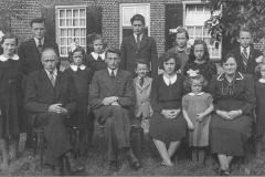 Datering onbekend. Familie van Asseldonk - Nieuwenhuizen