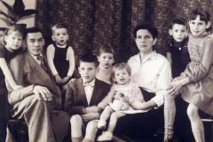 Datering 1957. Het gezin van Toon van de Ven
