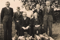 Datering 1947. fam van Lankveld