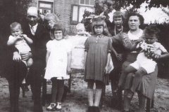 Datering 1946. Harrie en Tonia Kranenbroek - Biemans