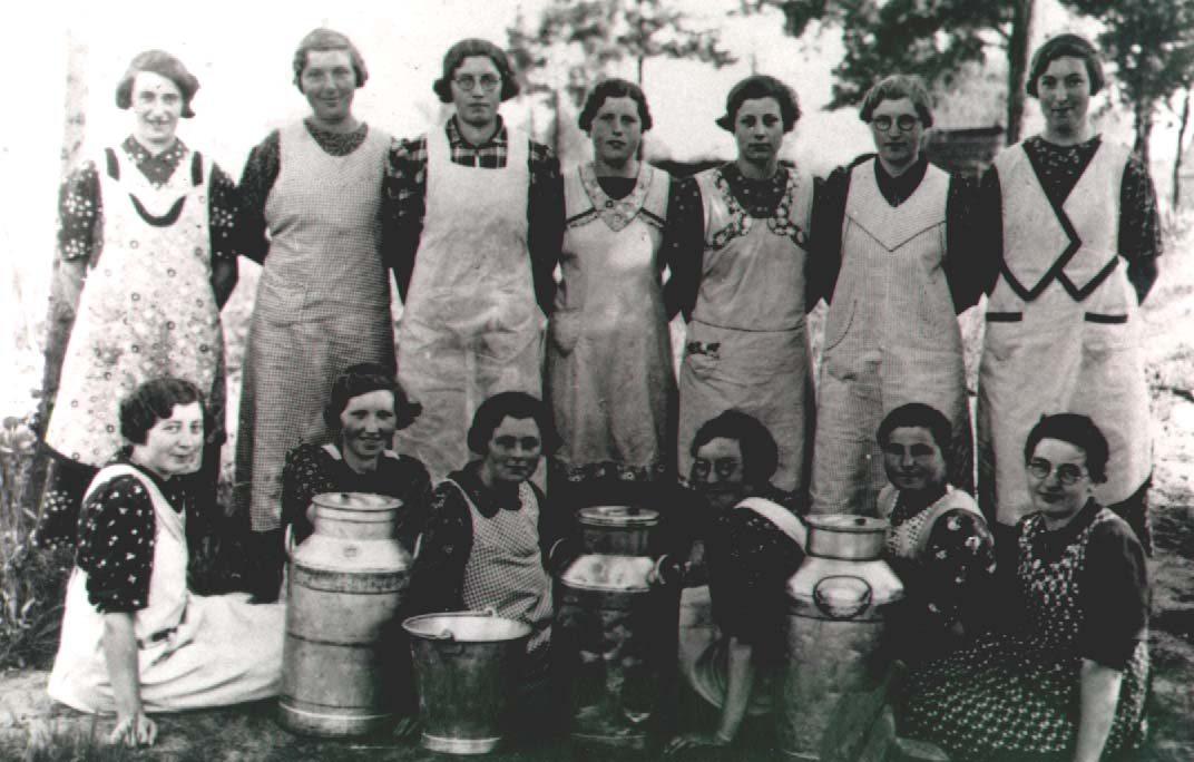 Datering 1939. Melkcursus Boerinnenbond.
