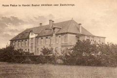 Datering 1928  Het Dymphena paviljoen.