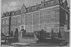 Datering 1940.  Huize Padua, voorgevel eerste klas.