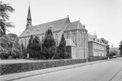 Datering onbekend. Kerk/ kapel bij Huize Padua .
