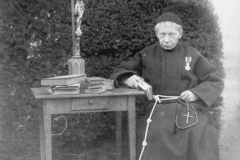 Datering 1889. Lucas Overste Huize Padua.
