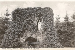 Datering 1920. Lourdesgrote Huize Padua.