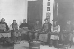 Datering onbekend. arbeidstherapie in Huize Padua