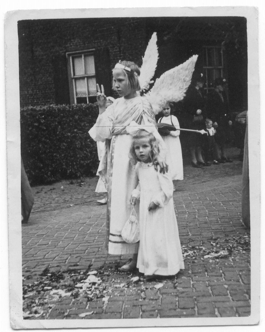 Datering 1949. Sacramentsprocessie