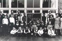 1941-1942-StCorneliusschool-klas-lekers