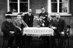 Datering 1916. StJanschool-schoolbestuur-
