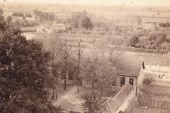 Datering 1920. Sint-Janschool.
