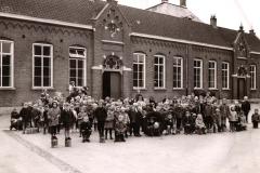 Datering 1962. Bernadette-school.-1