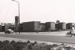 Datering onbekend. Dr.-Ottowschool-gebouwd-op-de-hoek-van-De-Raadstraat-en-de-Kennedystraat-in-het-uitbreidingsplan-Zuid-west.