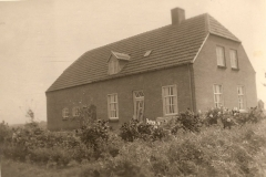 Datering 1954. Huis Wim Manders aan de Statenweg, Venhorst.