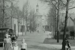 Datering 1948. Emigranten vertrokken ook vanuit Venhorst.  Hier een beeld van centrum Venhorst.