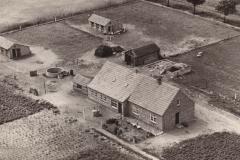 Datering 1950. Huis / bedrijf van Toon en Hanneke Kanters