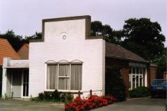 Datering 2003. Het Wit - Gelekruis gebouw