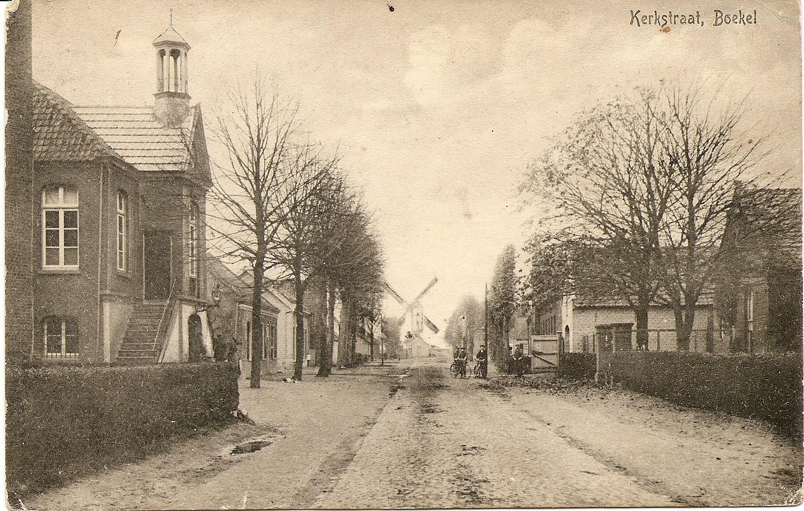 Datering 1930. Kerkstraat.
