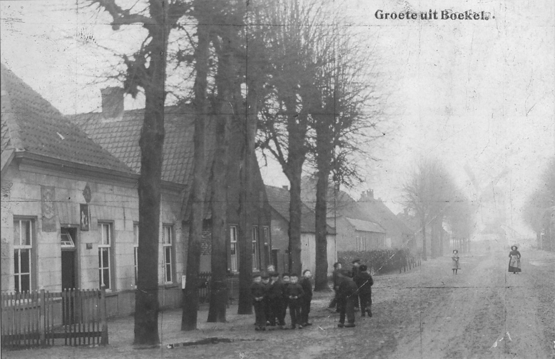 Datering 1900.  Kerkstraat