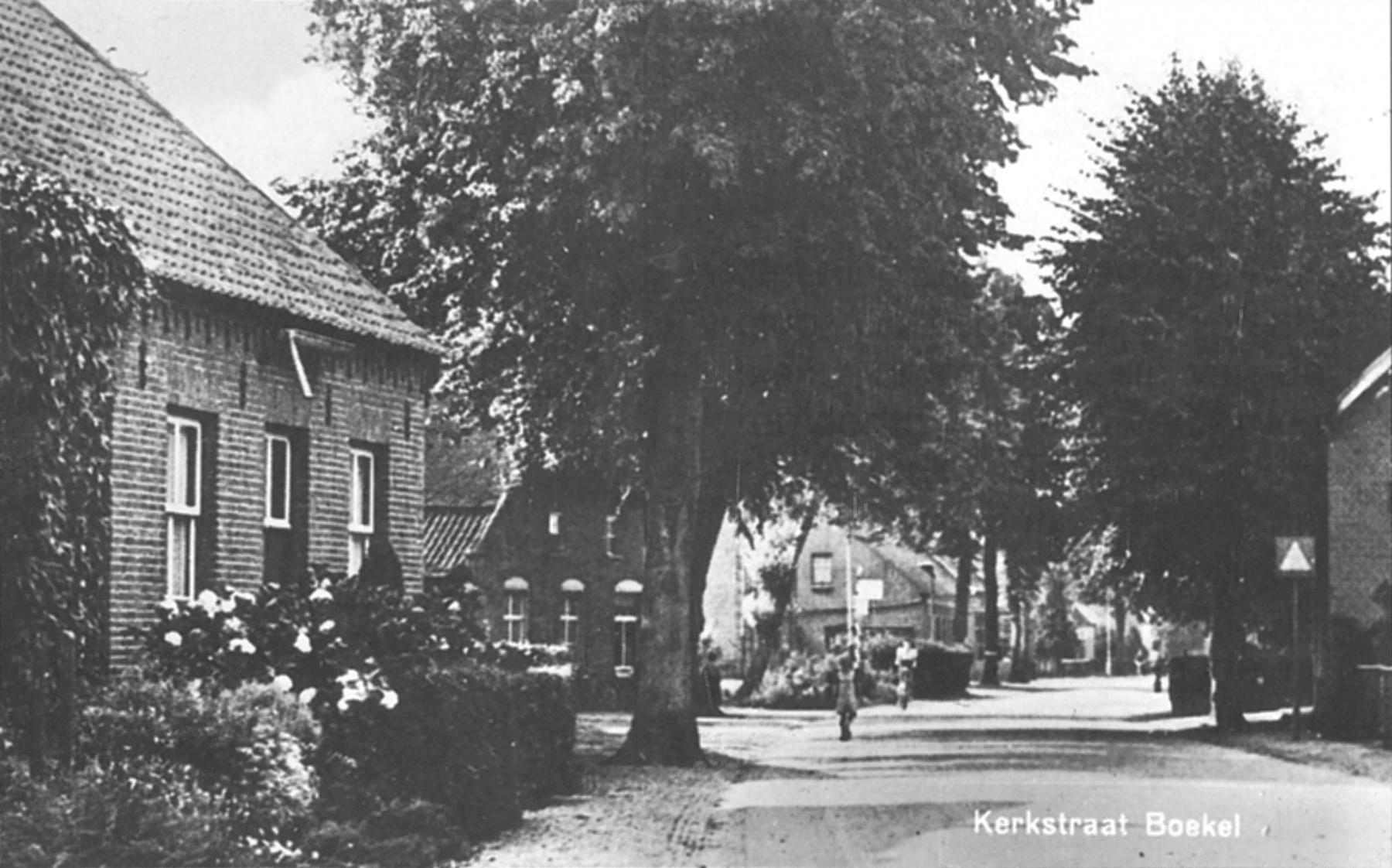 Datering 1948. Kerkstraat