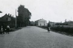 Datering 1944. Bergstraat.