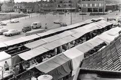 Datering 1967. Weekmarkt