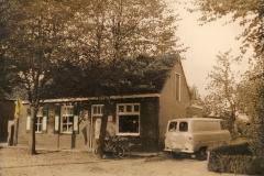 Datering 1970. Winkel van Jan van de Ven
